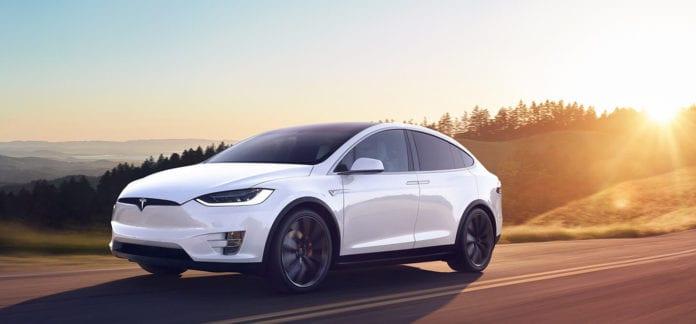 Location Tesla Model X 100 | Deluxe Rental Cars Lausanne