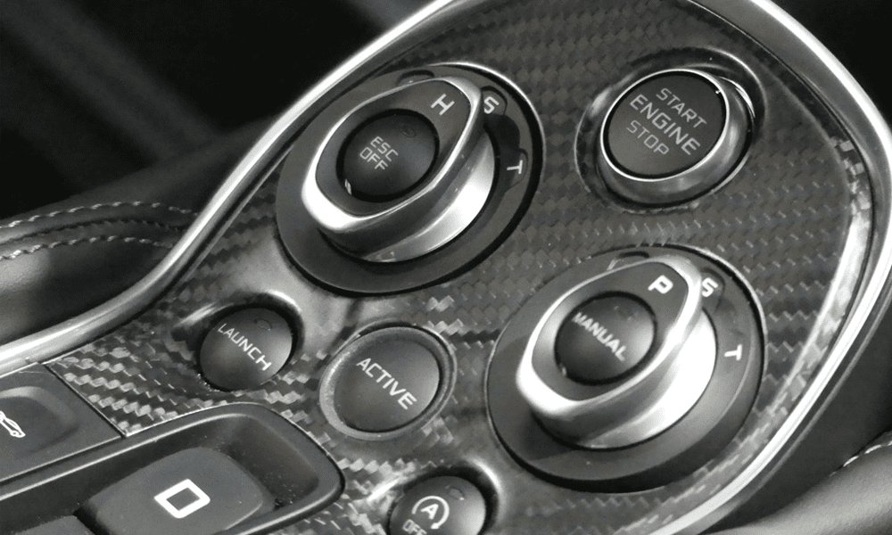Location McLaren 570S | Deluxe Rental Cars Lausanne