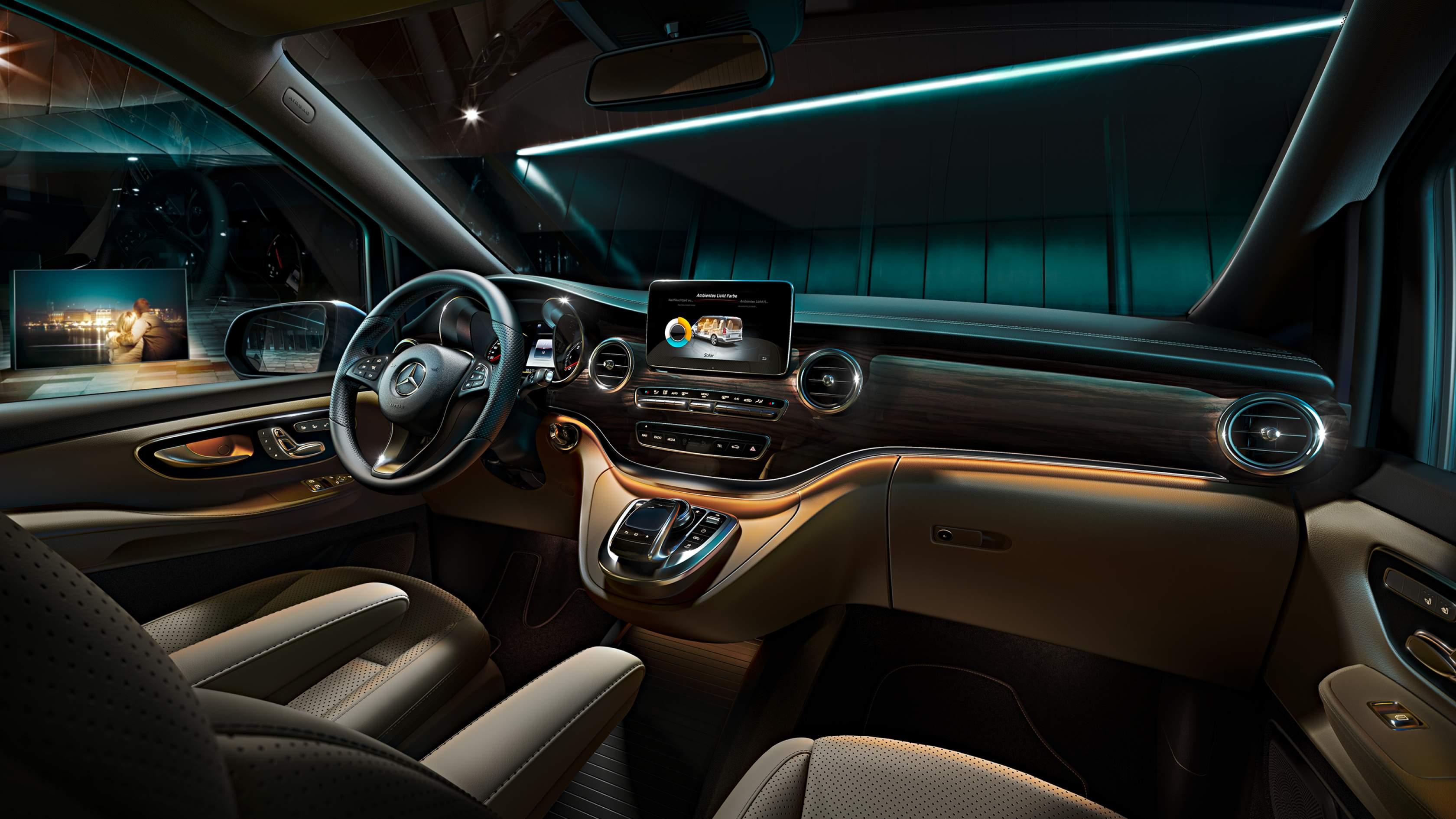 Mercedes V-Class à louer. Deluxe Rental Cars est un service de location de voitures de luxe et de sport actif sur Lausanne, Montreux, Genève, Sion, Fribourg, Neuchâtel.