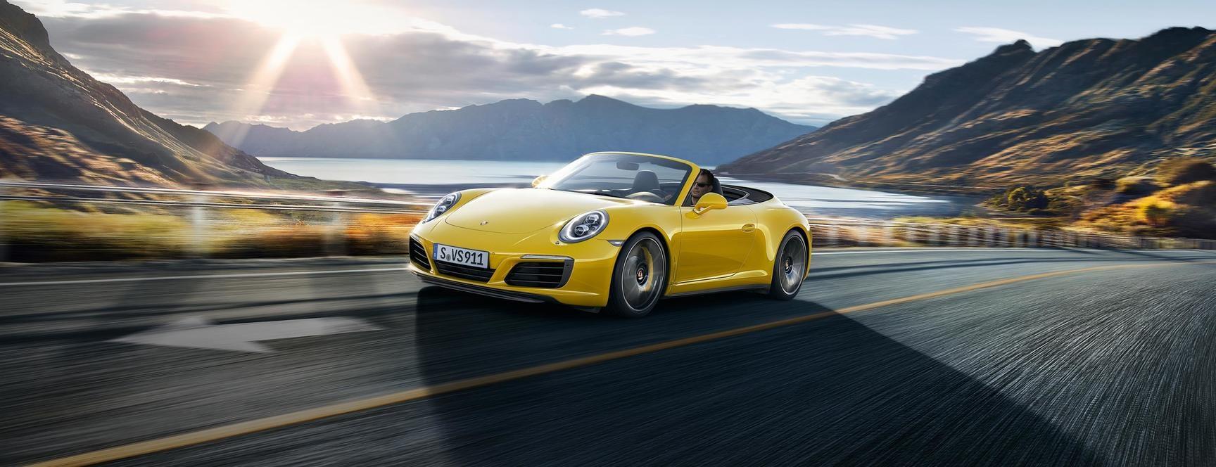 Location Porsche 911 Carrera 4 Cabriolet   Deluxe Rental Cars Lausanne