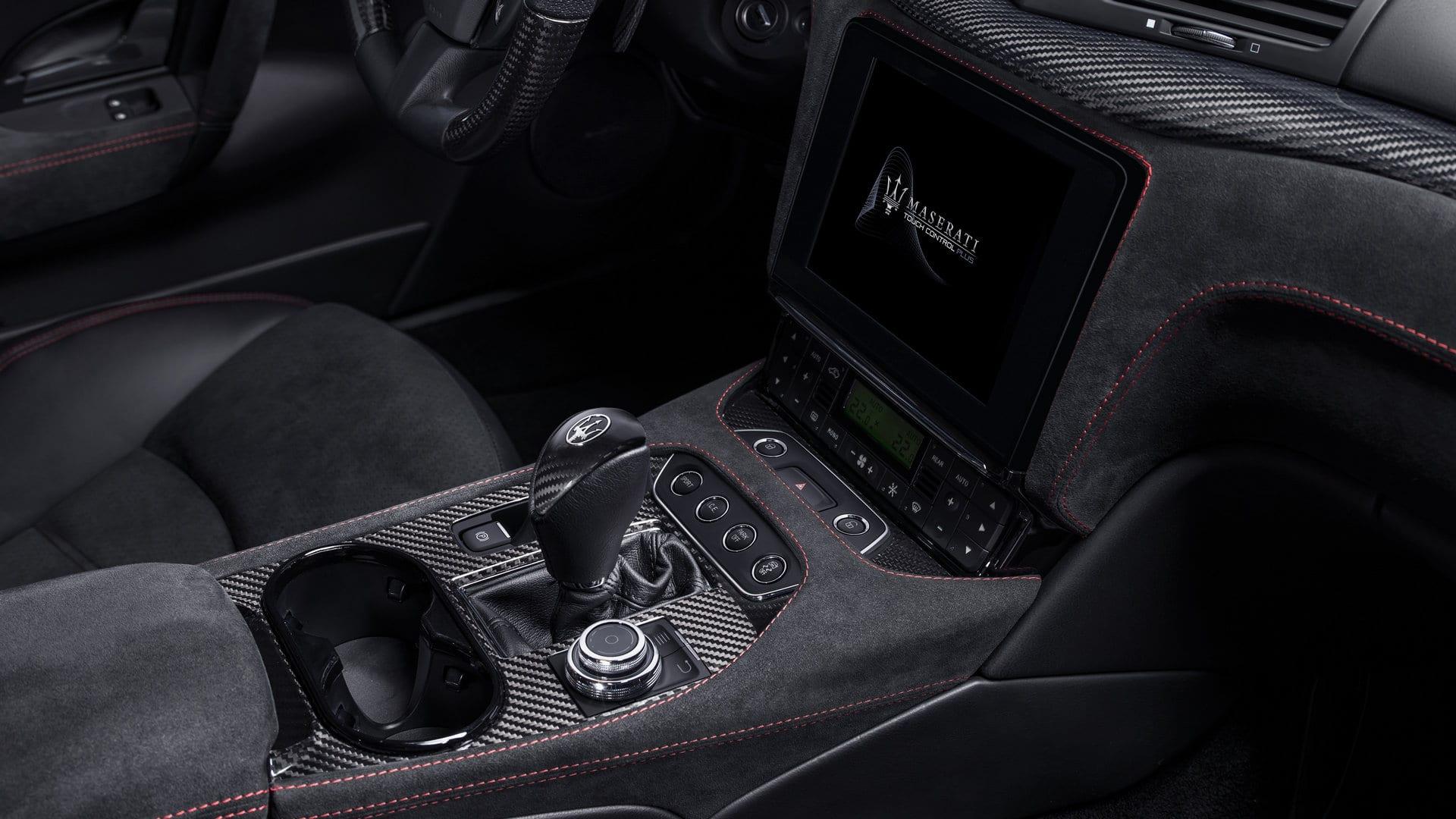 Location Maserati GranTurismo Sport | Deluxe Rental Cars Lausanne