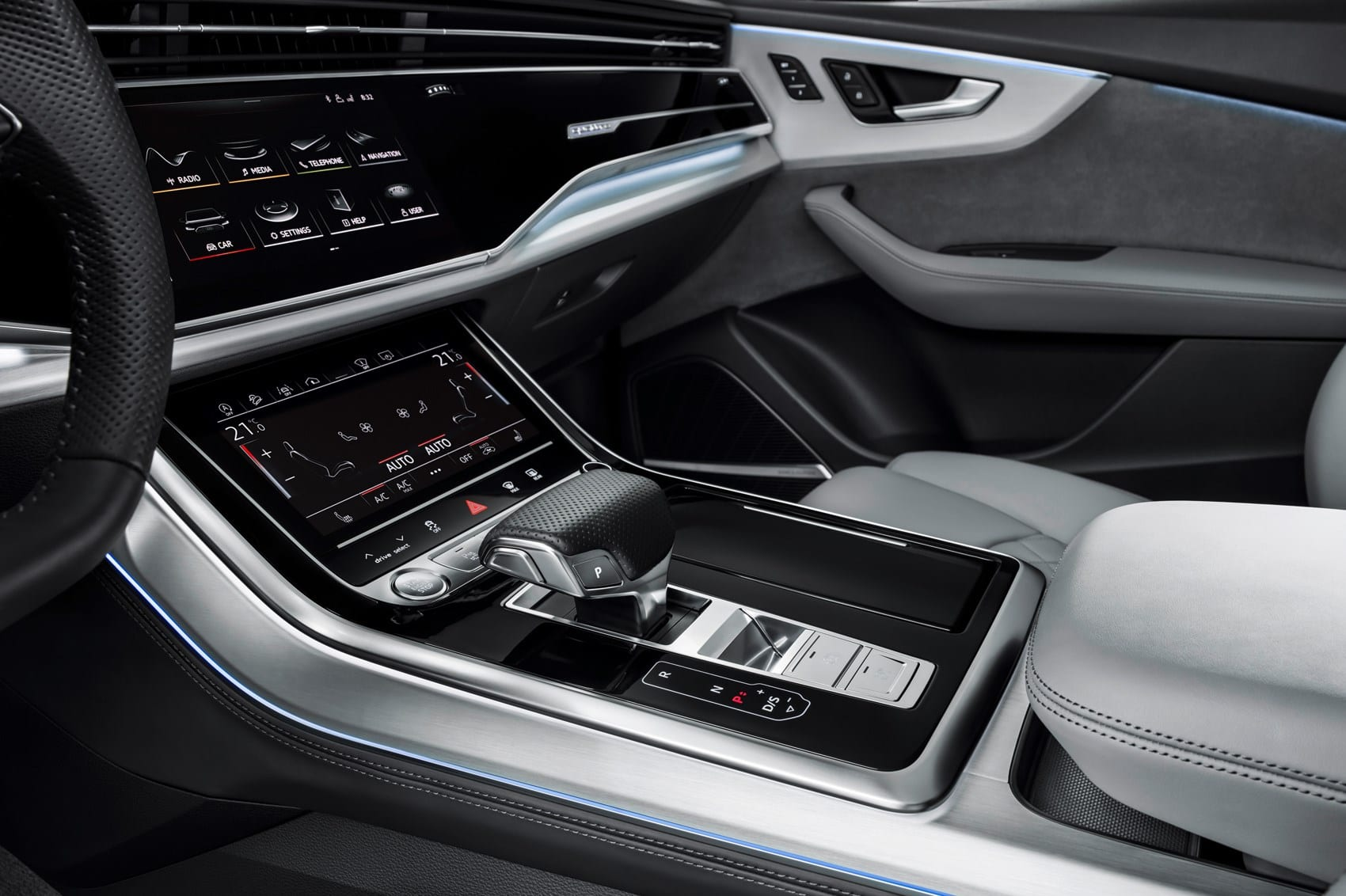 Rental Audi Q8. Deluxe Rental Cars is a luxury and active car rental service in Lausanne, Montreux, Geneva, Sion, Friborg, Neuchâtel.