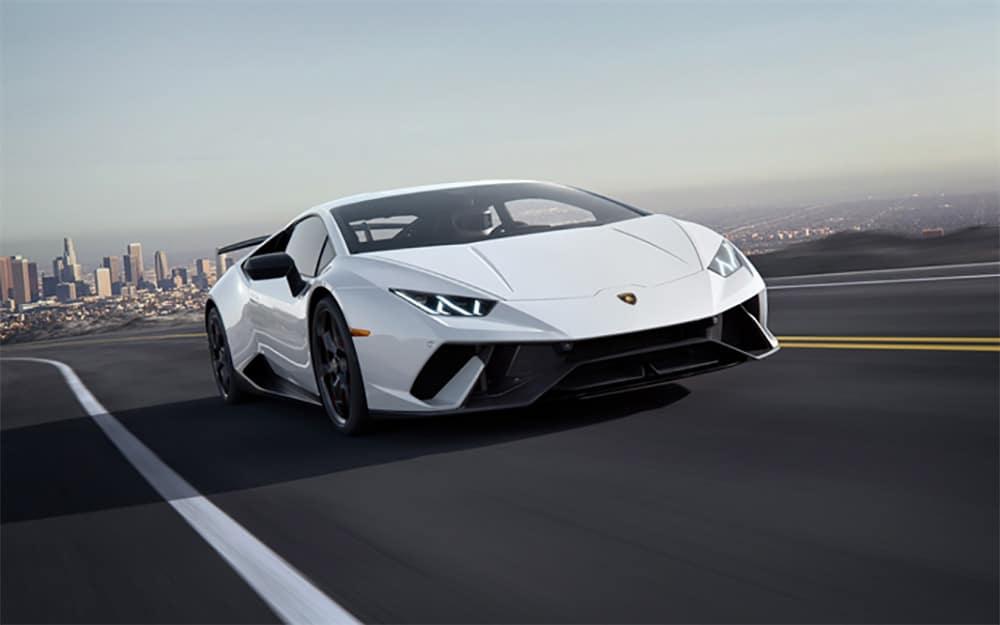 Lamborghini Huracan Coupé - Deluxe Rental Cars