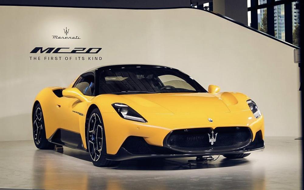 Maserati GranTurismo - Deluxe Rental Cars